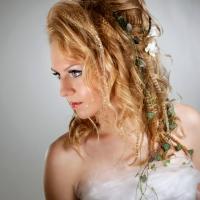 Kuva: Studio Helios Raahe/Suvi Marjala, Kampaus ja meikki: Hiusmeri