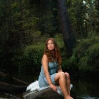 Kuva: Tiina Lämsä Hiukset/meikki: Hiusmeri, Päivi